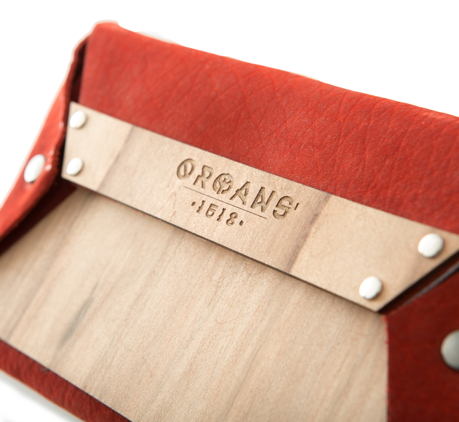 satin-walnut-wallet-details-front